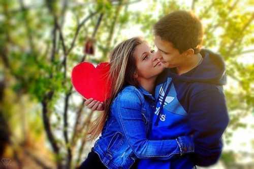 Как влюбить девушку которая любит другого