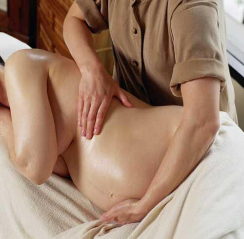 Можно ли с месячными ходить на массаж